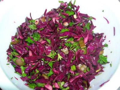 nohutlu-kırmızı-lahana-salatası